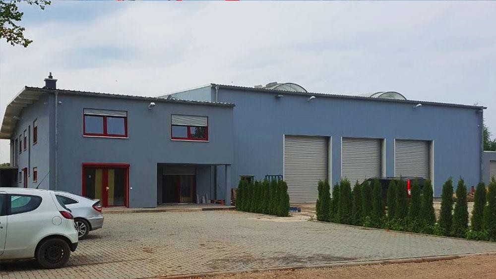 Bürogebäude und LKW Werkstatt in Potsdam