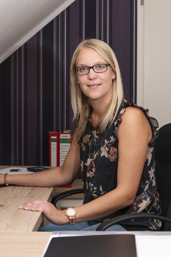 Sabrina Behrens - Verwaltung